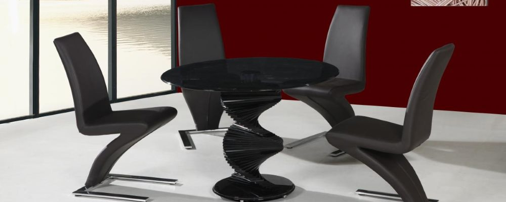 cordoba dining table and chairs