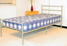 leanne-metal-bed